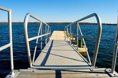 Rampa del barco en el lago Imágenes de archivo libres de regalías