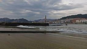 Rampa del puerto Castro Urdiales 08 de la dique seco almacen de metraje de vídeo