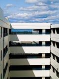 Rampas del garage de estacionamiento Imagen de archivo