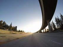 Rampe d'autoroute de coucher du soleil Photos stock
