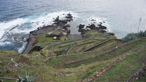 Rampe d'herbe en Santa Maria, Açores photographie stock libre de droits