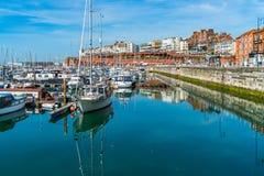 Ramsgate's皇家港口小游艇船坞 免版税库存照片