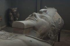 Ramsis II staty royaltyfri foto