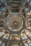 Ranakpur India, Luty, - 2, 2017: Wnętrze majestatyczna jainist świątynia przy Ranakpur, Rajasthan, India Architektoniczni szczegó Obraz Stock