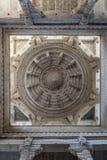 Ranakpur India, Luty, - 2, 2017: Wnętrze majestatyczna jainist świątynia przy Ranakpur, Rajasthan, India Architektoniczni szczegó Obrazy Royalty Free