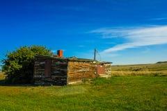 Ranch abandonné sur les prairies Image stock