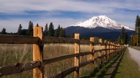 Ranch Fence Row Countryside Rural California Mt Shasta Royalty Free Stock Images