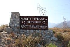 RANCHO CUCAMONGA, CA - Signage norte da conserva de Etiwanda Fotografia de Stock