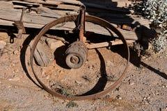 Rand en hub van een oude houten wagen royalty-vrije stock fotografie