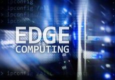 RAND gegevensverwerking, Internet en modern technologieconcept op de moderne achtergrond van de serverruimte royalty-vrije stock afbeeldingen