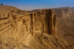Rand van de Wereld, een populaire toeristenbestemming dichtbij Riyadh, Saudi-Arabië stock foto's
