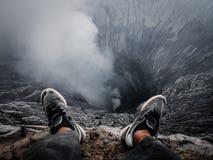 Rand van een vulkaankrater royalty-vrije stock afbeelding