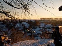 Rand van kleine stad in de winter Stock Foto's