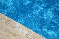 Rand van zwembad stock afbeelding