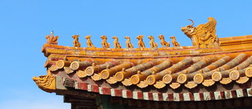 Randdieren op de oude gebouwen van China Royalty-vrije Stock Foto's