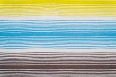 Randig tygmodell i mjuka pastellfärgade färger texturerad abstrakt bakgrund Royaltyfria Foton