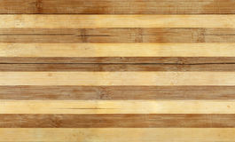 Randigt trä texturerar Arkivbilder