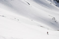 Randonneur dans la neige Photos stock