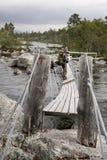 Randonneur dans la région sauvage de la Norvège Images stock