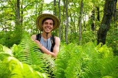Randonneur et climat de ferns.tropical Images libres de droits