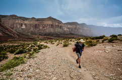 Randonneur - traînée de canyon de Hualapai Image libre de droits