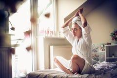 Ranek jest najwięcej pięknego czasu dzień dla joga zdjęcia stock