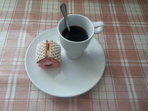 Ranek kawa z ciastkami Zdjęcia Stock
