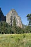 Ranek księżyc W Yosemite Kalifornia Zdjęcia Royalty Free