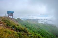 Ranek mgła na górach Zdjęcie Stock