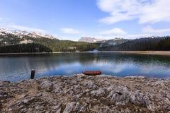 Ranek na jeziorze. obraz royalty free
