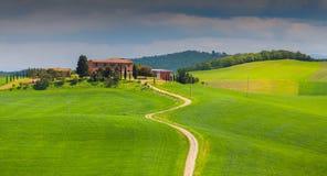 Ranek na wsi w Tuscany Zdjęcia Royalty Free
