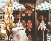 Ranek tabanan ceremonia z kawą fotografia royalty free