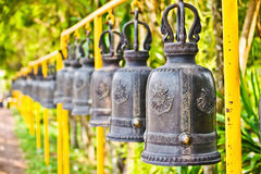 Rangée de Bells thaïlandaises Photos stock