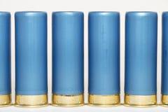 Rangée de mesure des coquilles de fusil de chasse 12 Images libres de droits