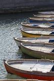 Rangée des bateaux ancrés dans la baie de Naples, Campanie, Italie images stock