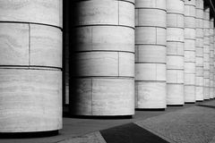 Rangée des colonnes Photographie stock libre de droits