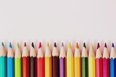 Rangée des crayons photo libre de droits