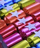 Rangée des fèves de fête brillantes de fève de biscuit de Noël Photo stock
