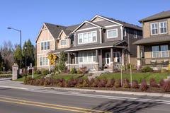 Rangée des maisons à Wilsonville Orégon image libre de droits