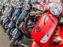 Rangée des scooters Photographie stock