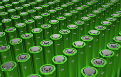 Rangées des batteries vertes photographie stock