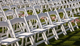 Rangées des chaises Images stock