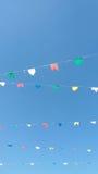 Rangées des drapeaux colorés Photos libres de droits
