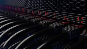 Rangées des fils de serveur, des lampes flash et des connecteurs Cgi photos stock