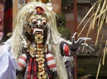 Rangda Executor do Balinese em uma cerimônia de Barong Fotografia de Stock Royalty Free
