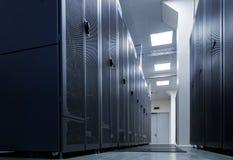 Rangen van communicatie routers in het gegevenscentrum Royalty-vrije Stock Fotografie