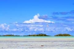 Rangiroa atoll royaltyfria bilder