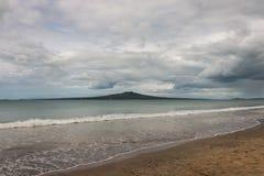Rangitoto Island from Takapuna beach Royalty Free Stock Photography
