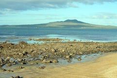 Rangitoto wulkanu wyspy widok zdjęcie stock