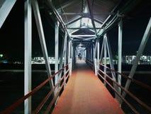 Rangiya järnväg fot över bron arkivfoton